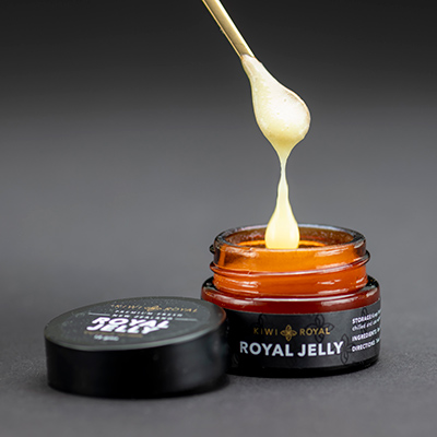 100-royaljelly-withspoon